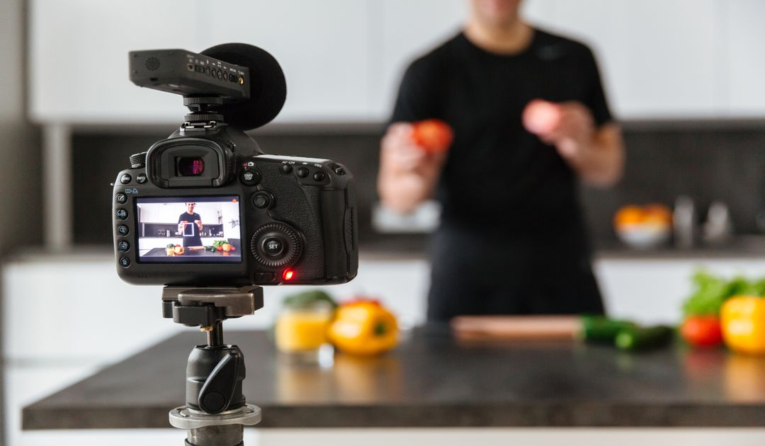 Best Series on Youtube and Netflix for Foodies