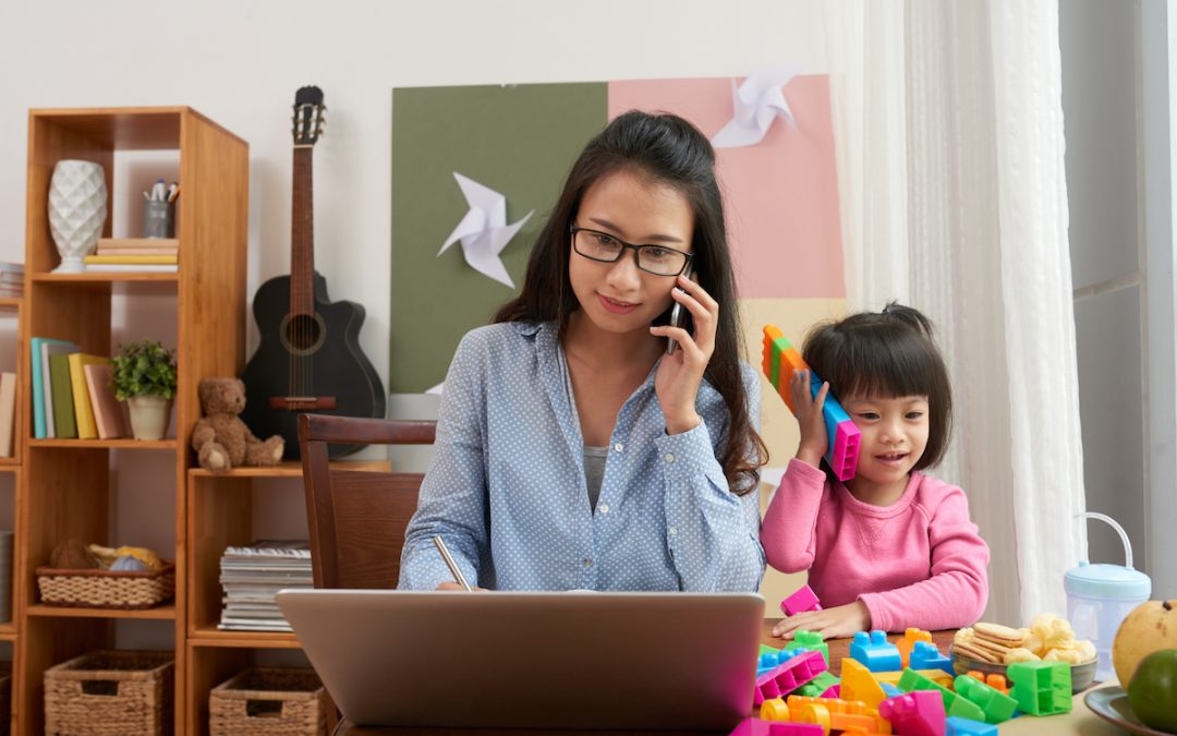 Tech Gift Ideas for All Types of Moms